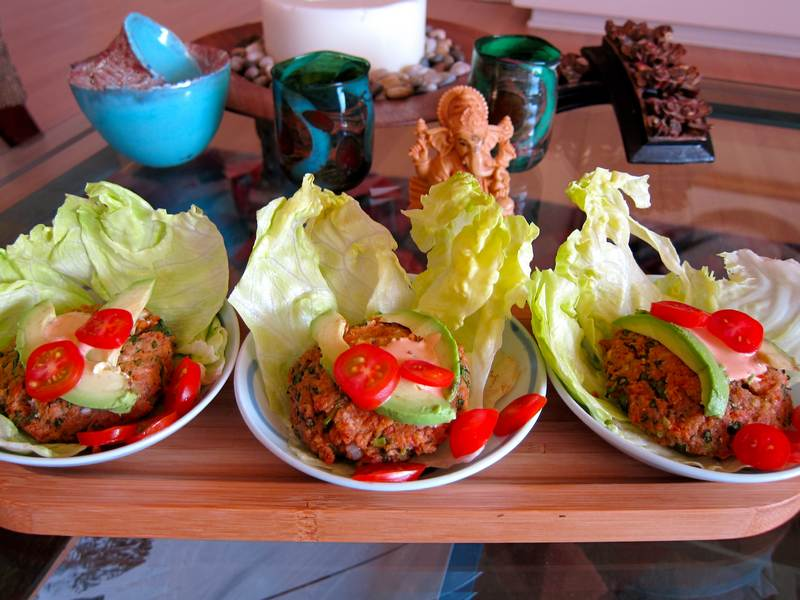 Chipotle Salmon Lettuce Wrap – A meal to sing about!