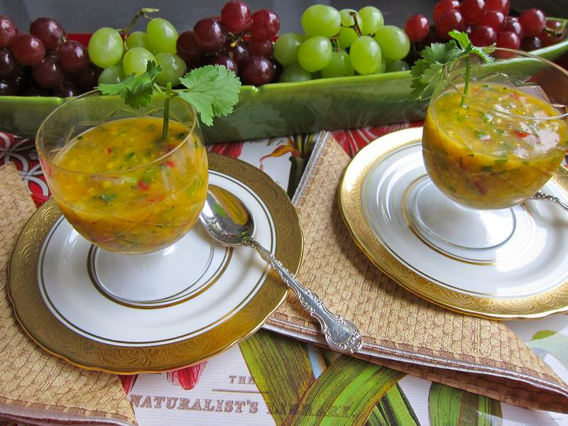 cold soup, vegetarian, raw soup, summer soup, healthy recipe, recipe,