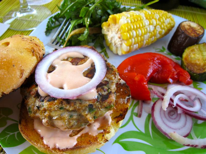 BBQ Turkey Burger with Russian Mayonnaise