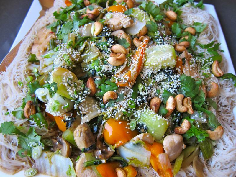 Chinese Chicken on Brown Rice Vermicelli