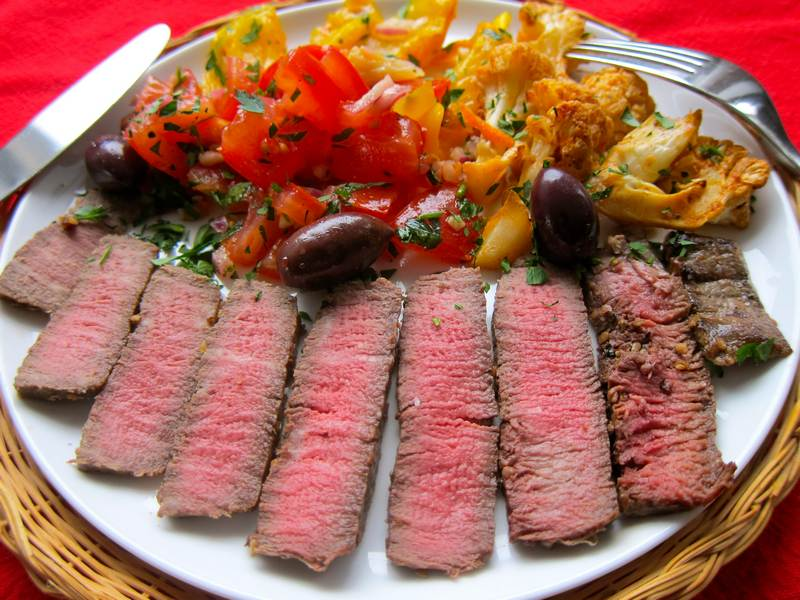 Roasted Pepper Salad with Organic Filet Mignon