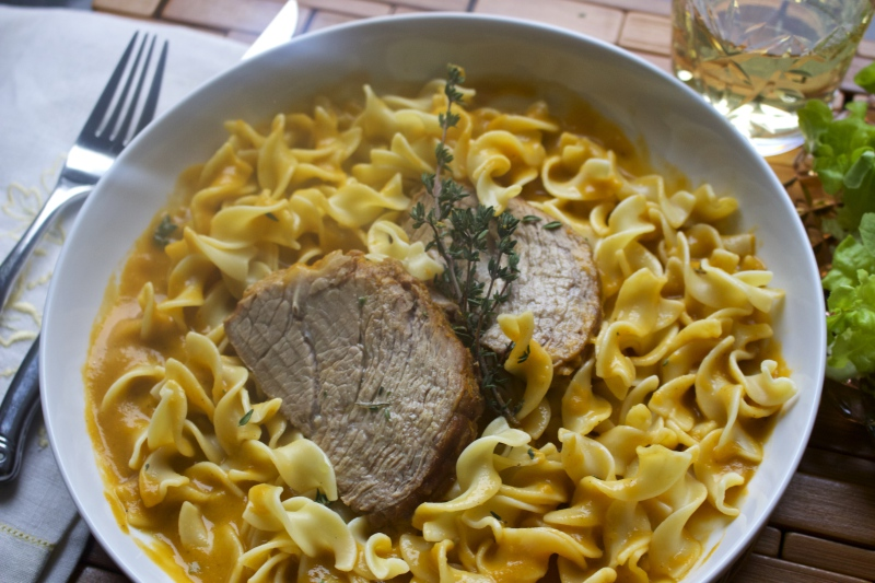 Veal Roast and Noodles with Velvety Sauce